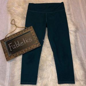 Teal fabletics cropped leggings